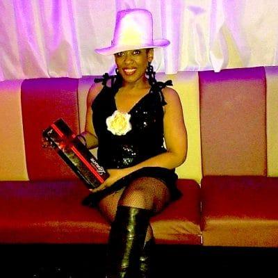 Photo-Gallery-image-of-Best-hat-winner at RTT Soul night